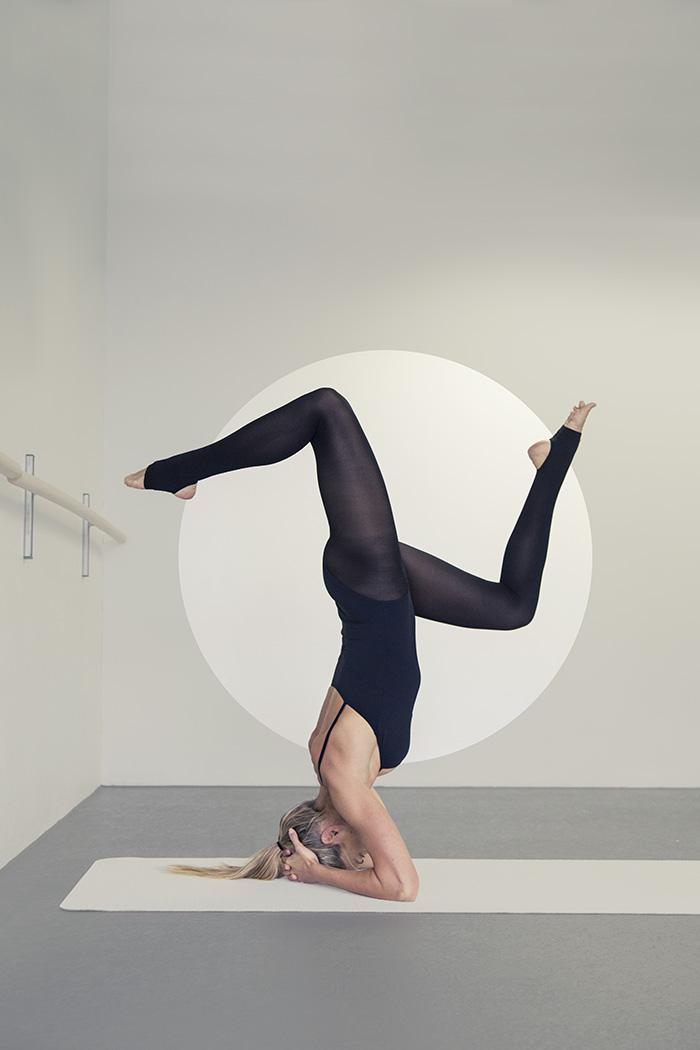 1_Tess_headstand Ulrika Kestere