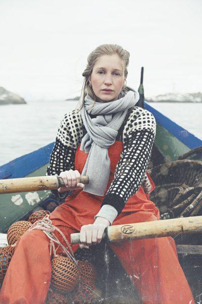 Women seaman, fisherman. Kvinnlig fiskare.